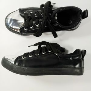 Twisted Jr. Black Silver Lace Up Shoes Size 4